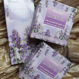 Set LAVENDEL 2 x zeep en parfum MET ETHERISCHE OLIE uit Bulgarije